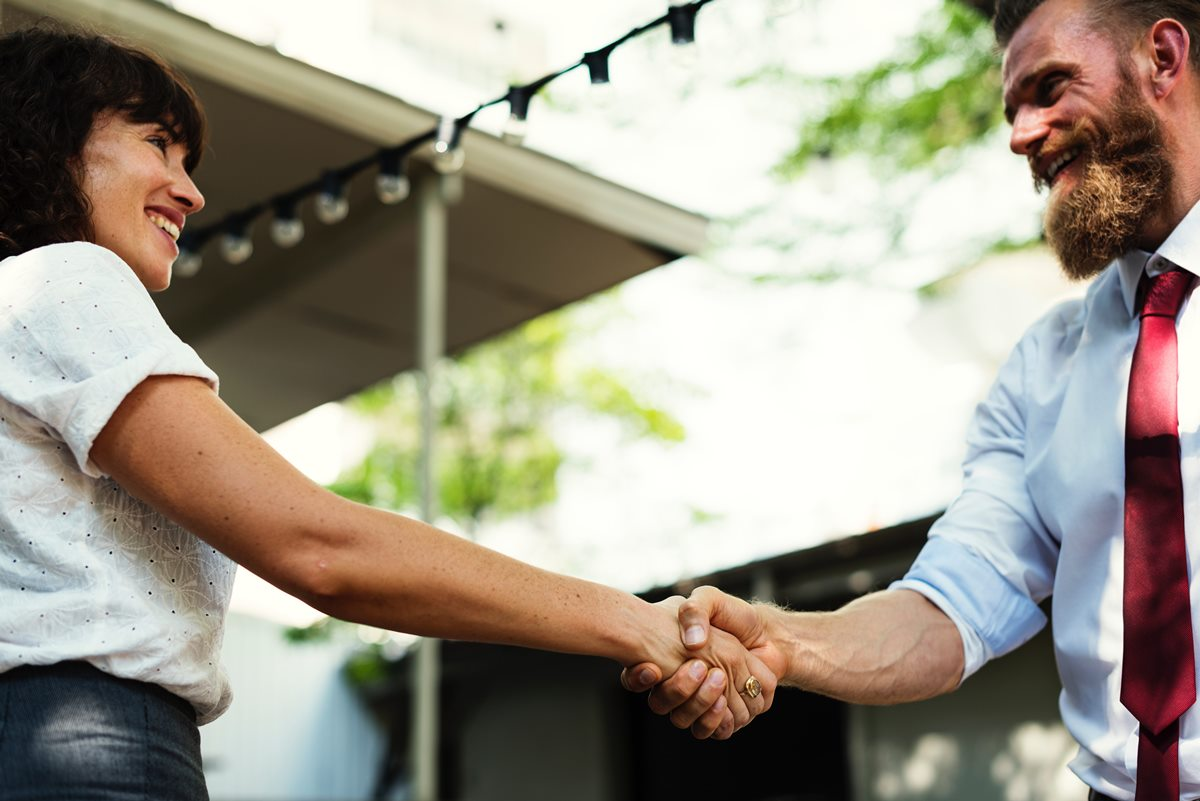 Contrata a un agente inmobiliario experto